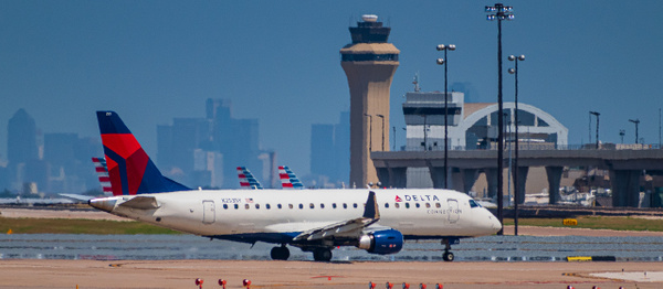 Embraer E175LR in Delta Connect livery (1 of 1) - Airplanes - KDS Imagery Photography