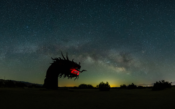 Borrego Springs_Ricardo Breceda_Dragon_Milky Way - Nocturnal - Stan Pechner