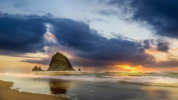 Cannon Beach-1 - Landscape Photography - John Dukes Photography