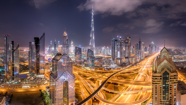 Dubai Intersection - Tim shields photography