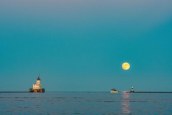 Moonrise Milwaukee by Jack Kleinman