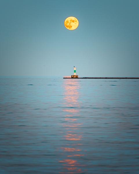 Moonrise Milwaukee 2 by Jack Kleinman