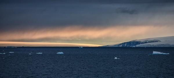 2 - Antarctic Sound (3) - ANTARCTICA  - January 2010 - François Scheffen Photography