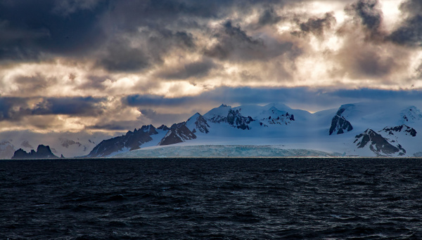 2 - Antarctic Sound (1) - ANTARCTICA  - January 2010 - François Scheffen Photography