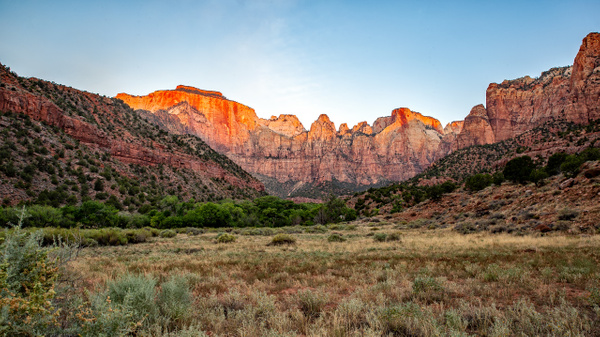 02. Zion National Park (12) West Temple-Sundial-Altar of Sacrifice - U.S. NATIONAL PARKS - September 2015 - François Scheffen Photography