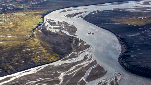 33. fm Lakagígar to Landmanna laugar - ICELAND - Aerial Views - François Scheffen Photography