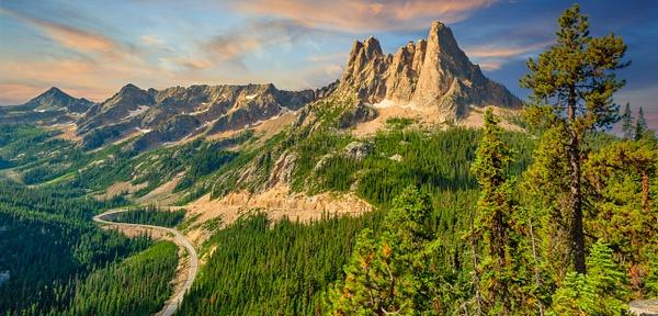 Washington Pass Overlook - Order Here - Klevens Photography