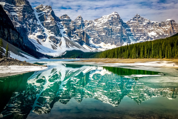 Moraine Lake Morning - Naturescapes - Klevens Photography