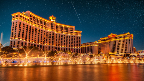 Bellagio at Night - City Life - Klevens Photography
