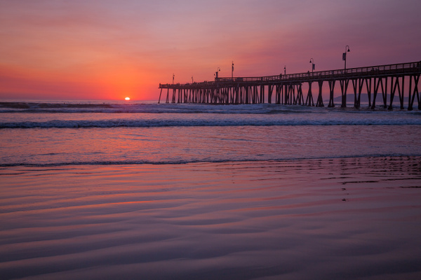 Pismo Magenta Sunset - Order Here - Klevens Photography
