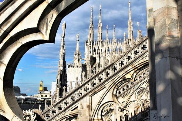 Duomo rooftop - Europe - ImageN8