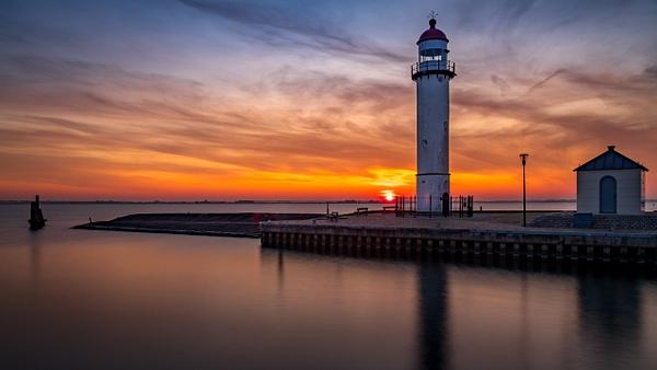Hellevoetsluis lighthouse - Landscape - Michel Voogd Photography