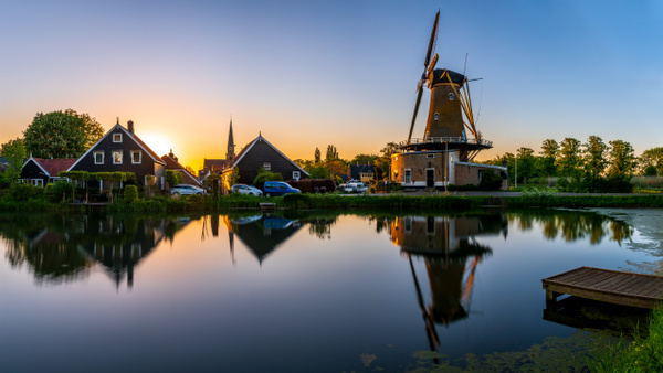 Geervliet windmill at sunrise - Cityscape - Michel Voogd Photography