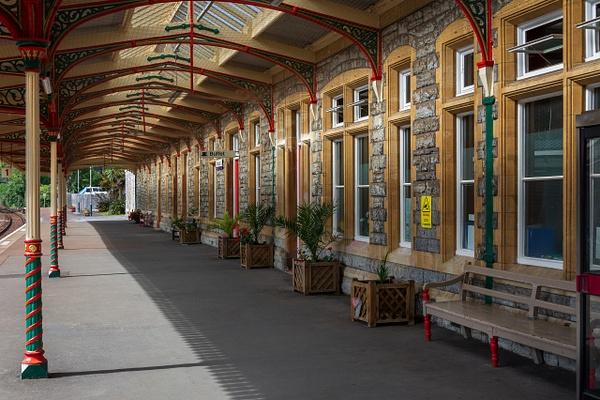 Torquay railwaystation - Travel - Michel Voogd Photography