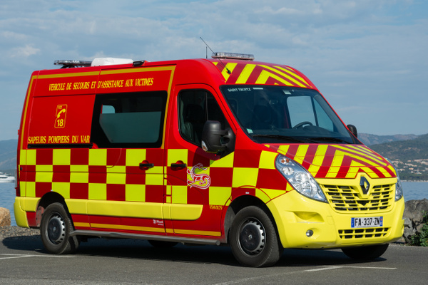 Ambulance Saint Tropez - Emergency Vehicles - Michel Voogd Photography