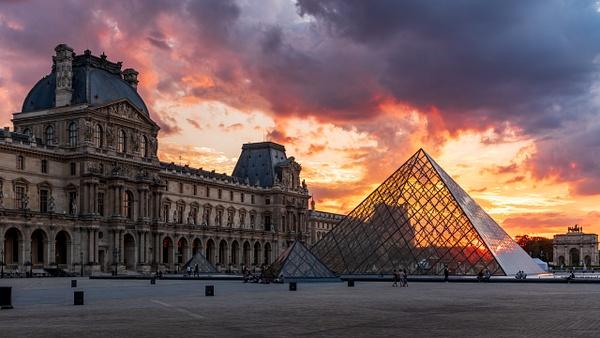 Paris Louvre sunset - Travel - Michel Voogd Photography