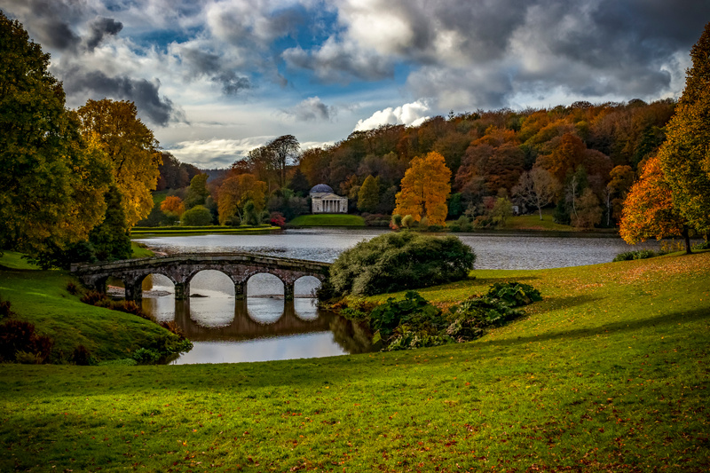 Stourhead autumn hike