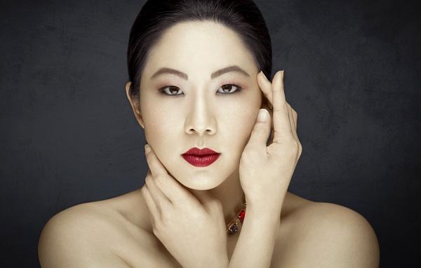 Hanna Beauty Final 1 - Fashion & Beauty - Scott Kelby