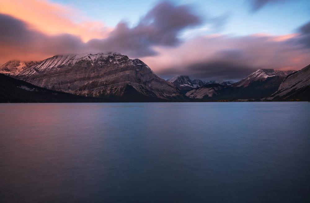 Sunrise, Upper Kananaskis Lake Sunrise, Log in Lake, Fall Colors, Kananaskis, Canadian Rockies, Alberta, Canada  2