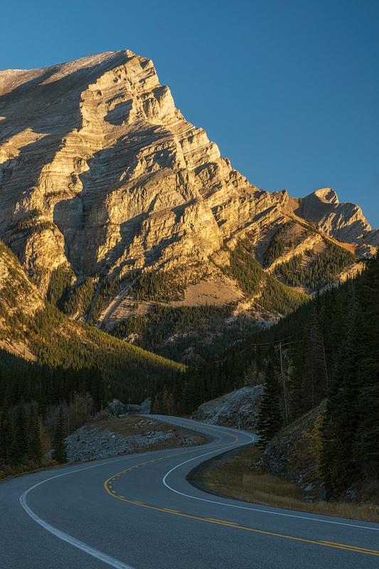 Road to the Canadian Rockies, Fall Season, Kananaskis, Alberta, Canada
