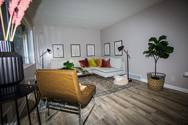 2980 Elmwood Ave (4 of 32) - Professional Services - Bella Mondo Images