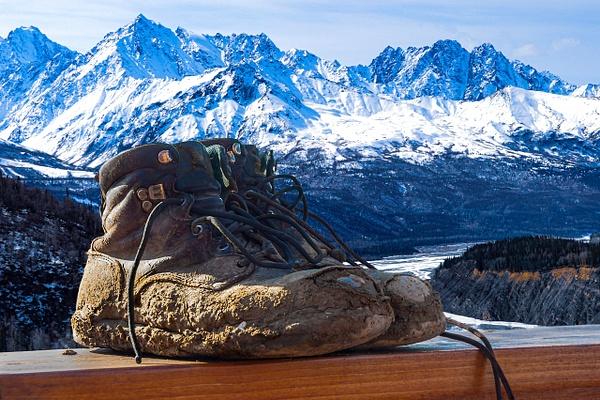 Boots light no blur by Snowkeeper