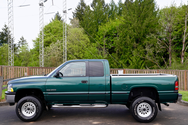 1999 Dodge Ram 2500 HD SLT Laramie  Quad Cab 4-DR 4X4...
