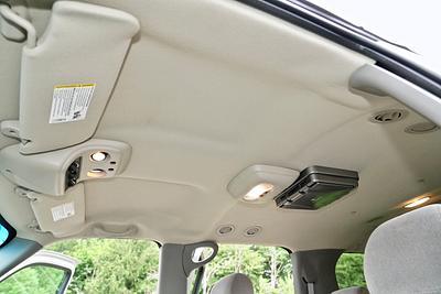 2006 Chevrolet Suburban K2500 LS 4x4 Sport Utility 4-Door.