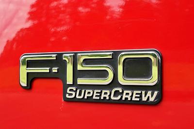 2002 Ford F-150 Lariat Super Crew  4-Door 4X4 FX4 Short Bed Pickup Truck