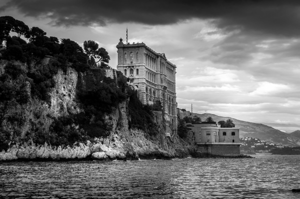 Monte Carlo - Black and White - MassimoUsai
