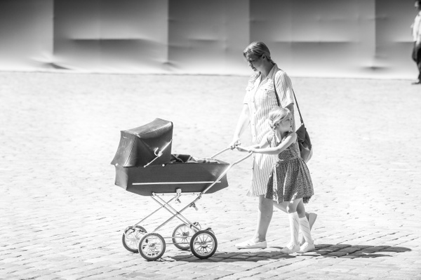 Old baby buggy - Black and White - MassimoUsai