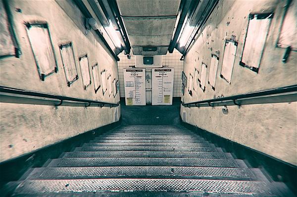 Holland Park  Station - URBAN - MassimoUsai