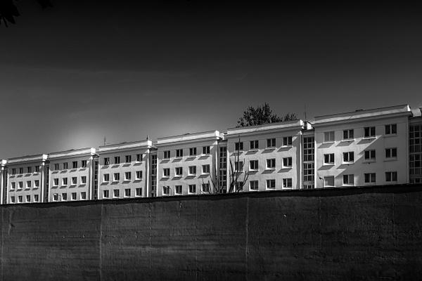Building in line - URBAN - MassimoUsai