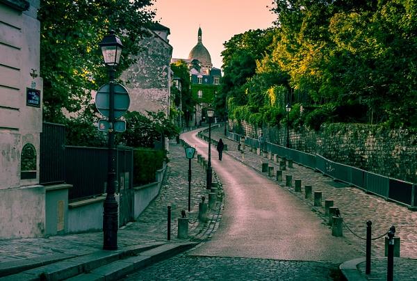 Un dimanche matin à Montmartre - Home - Theo Castillon Photographie