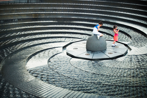 Darling Harbour Fountain Stairs - People & Culture - Steve Juba Photography