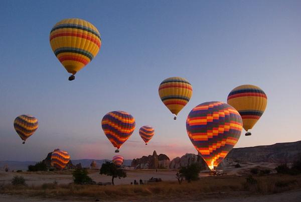balloons at sunrise - The World - Steve Juba Photography