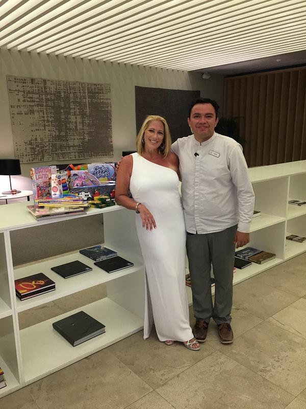 White Night with Victor Manuel Mena Gutierrez