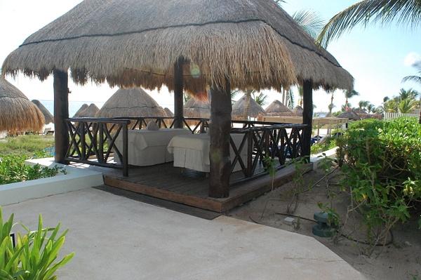 Massage pavilion by Lovethesun