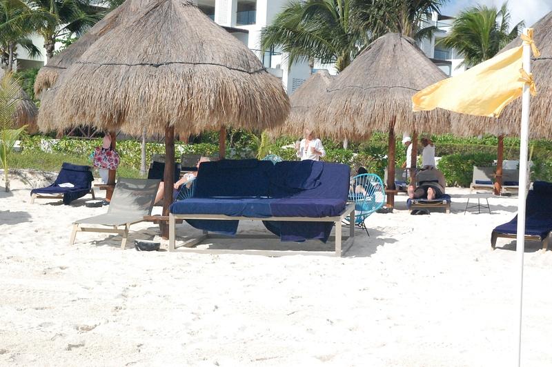 EC beach bed