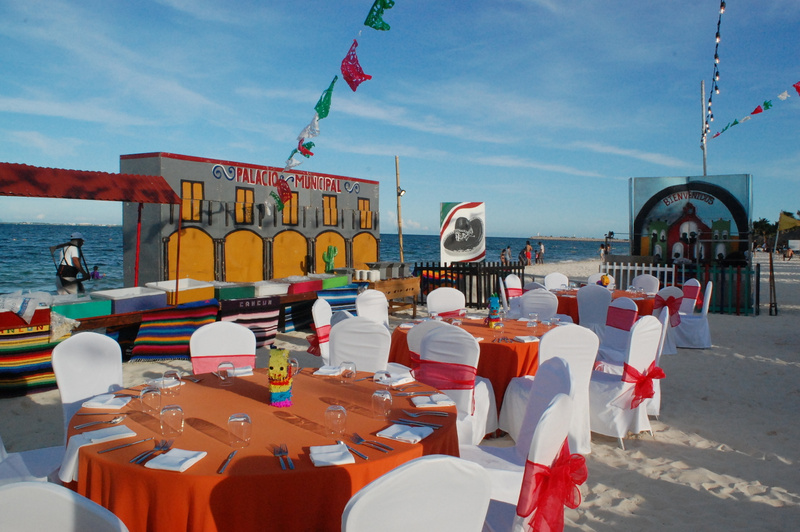 Mexican Independence Day party on the beach