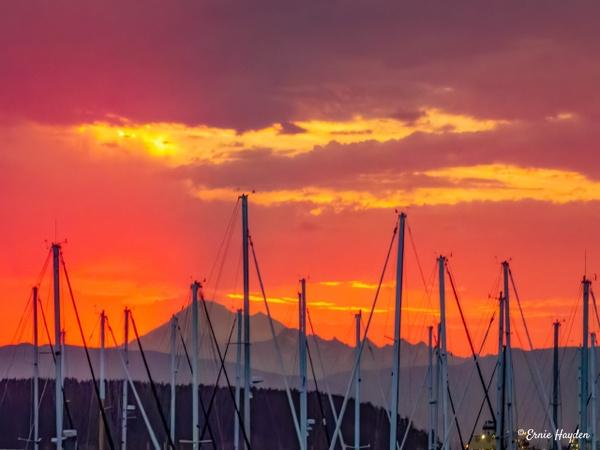 20200731_Mt B Sunrise_002-Edit - Golden Hour - Rising Moon NW Photography