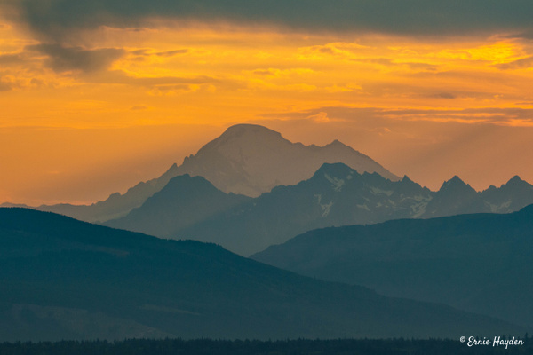 20200731_C Mt B Sunrise_001 - Golden Hour - Rising Moon NW Photography