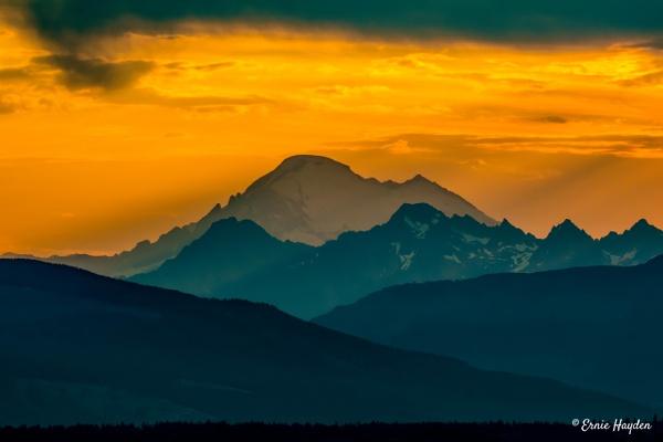 20200731_C Mt B Sunrise_001-Edit-2 - Golden Hour - Rising Moon NW Photography