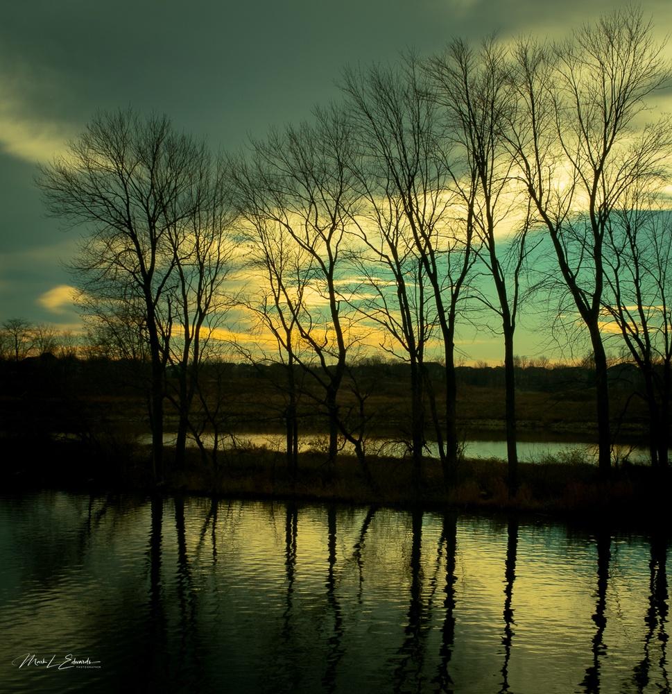201129_Sunrise Over Geist