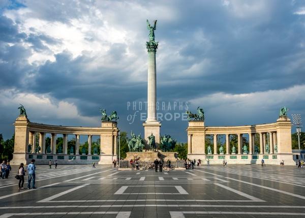 Heroes-Square-Hősök-Tere-Budapest-Hungary - Photographs of Budapest, Hungary.