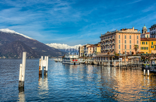 Bellagio-lake-frontage-Lake-Como-Italy - Photographs of Lake Como, Italy.