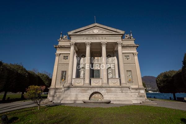 Tempio-Voltiano-Como-Lake-Como-Italy - Photographs of Lake Como, Italy.