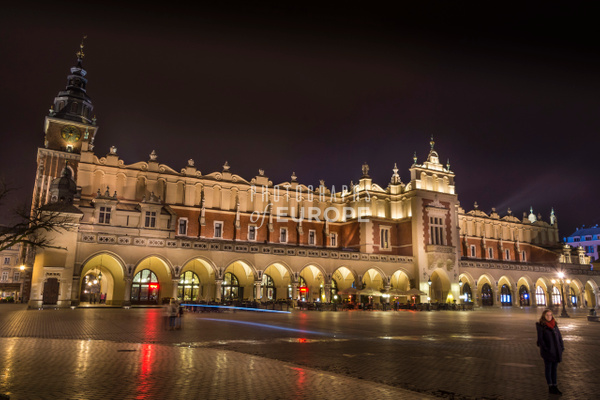 The-Cloth-Hall-at-night-Krakow - Krakow, Poland
