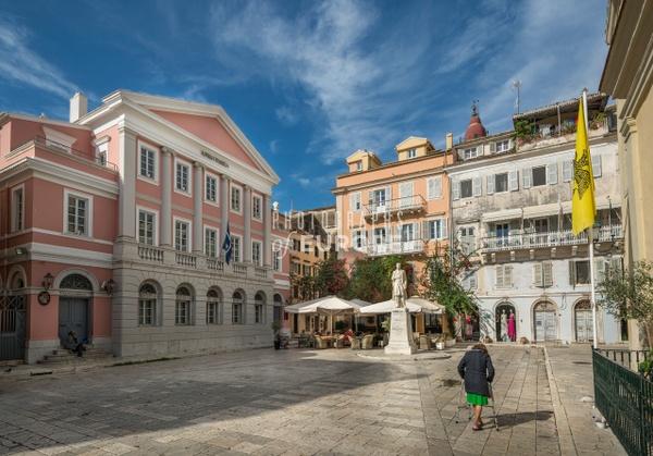 Statue-of-George-Theotokis-and-square-Corfu-Old-Town-Greece - Photographs of Corfu Old Town, Greece.