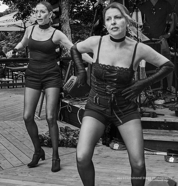 MONOCHROME Dance Troop 16